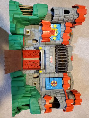 Fisher Price Imaginext castle for Sale in Bonney Lake, WA