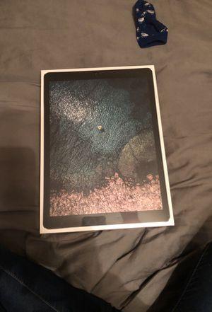 iPad Pro 12.9(inch) 256 gb for Sale in Chesapeake, VA