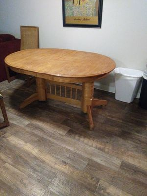 Used, Oak kitchen table and chairs for Sale for sale  Tualatin, OR