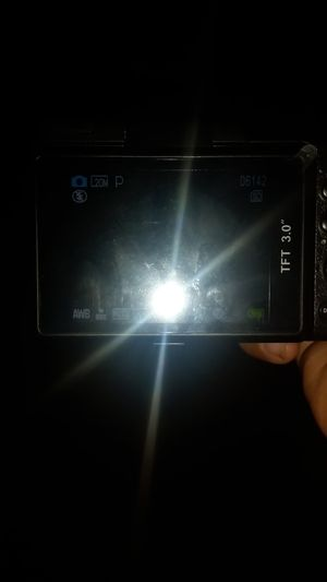 Vloggeing beginner camera 120 obo good quality camera need gone asap been vloing with it for two weeks but got a new Canon camera or 150 for both for Sale in Moreno Valley, CA
