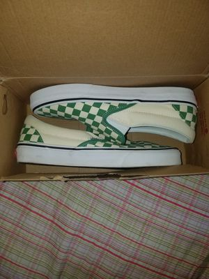Vans green and white checkers slip-on size 8 for men for Sale in The Bronx, NY