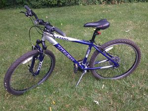 Trek 3700 mountain bike for Sale in South Amherst, OH