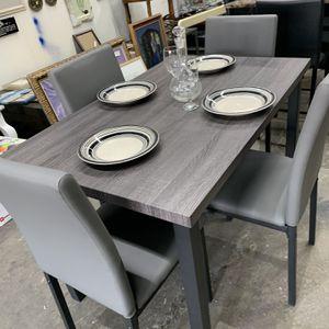 Comedor 4 sillas Nuevo for Sale in Houston, TX