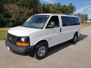 Chevy Express 3500 for Sale in Humble, TX