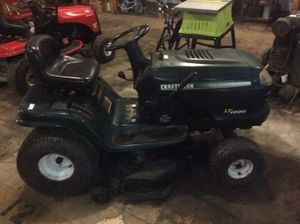 LAWNMOWER TRACTOR -CRAFTSMAN for Sale in Houston, TX