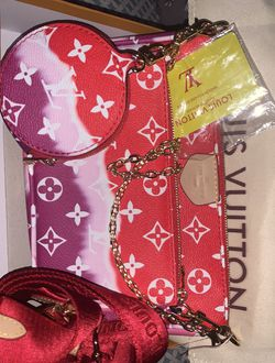 Red And Pink Graduent Purse Set for Sale in Staten Island,  NY