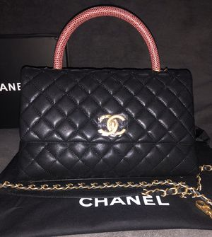 Chanel top handle black caviar bag for Sale in New York, NY