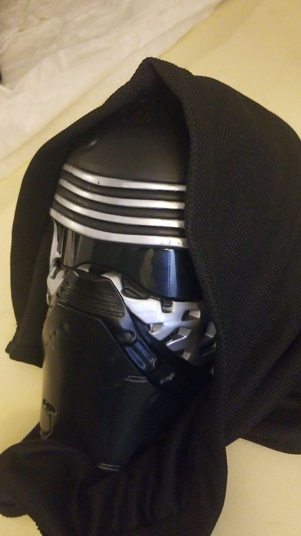 Official Disney store Kylo Ren voice changer mask with hood