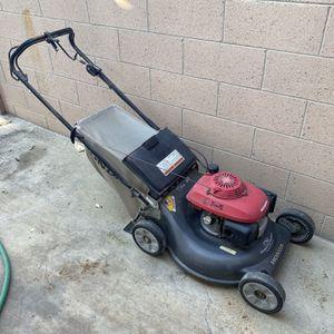 Honda Lawn Mower - Runs Great for Sale in Anaheim, CA