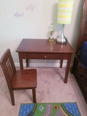 kids desk and chair for Sale in Manassas Park, VA