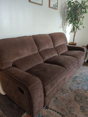 Couch recliner for Sale in San Rafael, CA
