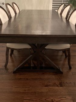 Dining Table And Chairs for Sale in Austin,  TX