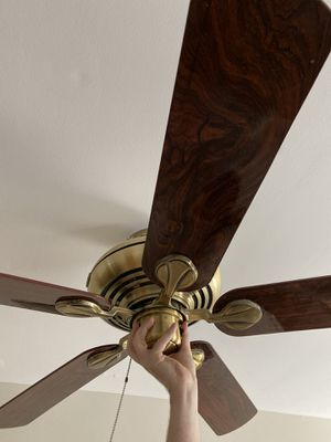 Hunter Ceiling fan cherry walnut reversible brass 52inch medium to large room for Sale in Columbia, MD