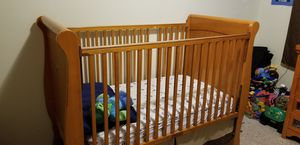 Crib and dresser/changing table for Sale in San Mateo, CA