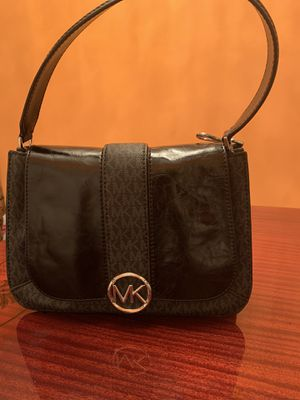 Hand bag for Sale in Orlando, FL