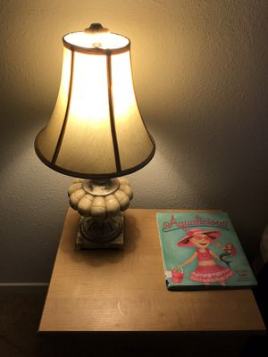 Vintage Bedside Night Lamp for Sale in Peoria, IL