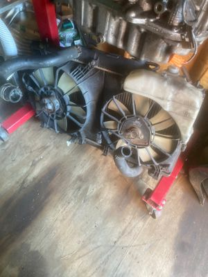 Rsx radiator and fans for Sale in New Haven, CT