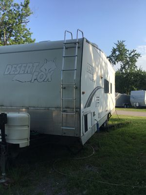 2005 32' Dessert Fox toy hauler travel Trailer for Sale in Lebanon, TN
