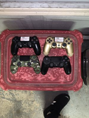 PS4 and Xbox one controllers for Sale in Philadelphia, PA