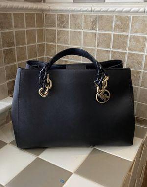 Michael Kors handbag for Sale in Grand Prairie, TX