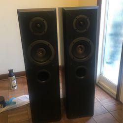 Technics SB-T100 Speaker Pair for Sale in Morgantown,  WV