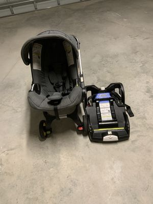Doona Infant Car Seat with Latch Base for Sale in Port St. Lucie, FL