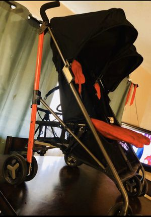 Carreola Doble. Double Stroller for Sale in Pomona, CA