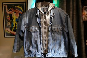 Men's Jean jacket Faded Glory with thermal hoodie sz.XL for Sale in Plant City, FL