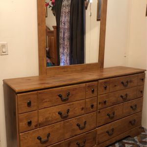 Dresser With Mirror for Sale in Wake Forest, NC