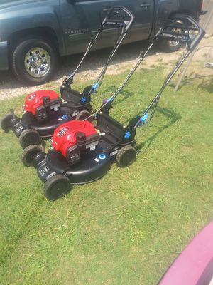 Toro 7.25 163cc self propelled (240each) for Sale in DeSoto, TX