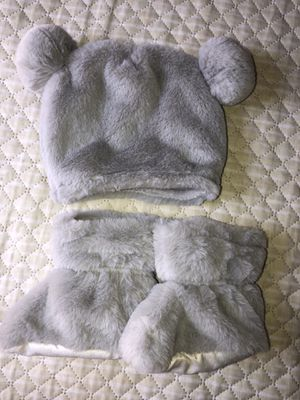 Newborn photoshoot props , grey bear and bunny outfits super cute babygirl props lot for Sale in Greenville, SC