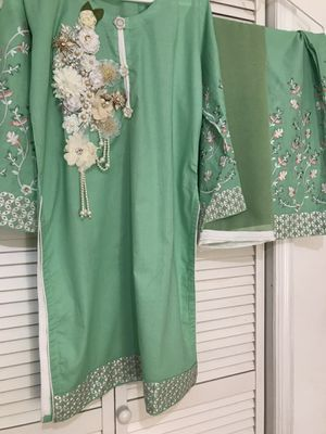 Cotton embroidered dress for Sale in Jersey City, NJ
