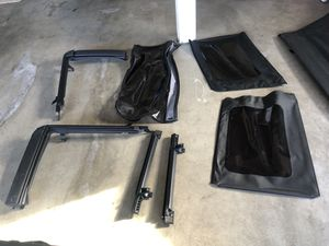 Factory soft top for Jeep Wrangler 4 door for Sale in Puyallup, WA