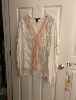 Forever 21 White Fringe Cover Up Top for Sale in Raleigh, NC