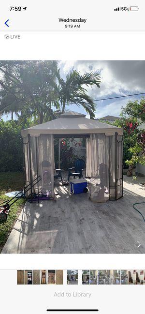 Patio canopy tent 10x10 for Sale in Miami Shores, FL