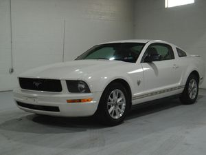 2009 FORD MUSTANG for Sale in Parma, OH