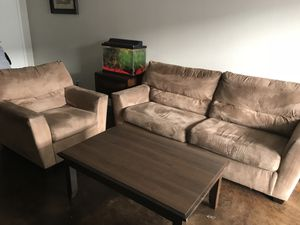 Living room furniture / Tv for Sale in Dallas, TX