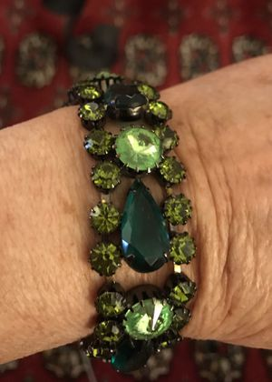 1950's absolutely fabulous bracelet. A must see for Sale in Beverly Hills, CA