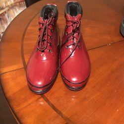 Women's Eddie Bauer Rain Boots Size 9 for Sale in Washougal,  WA