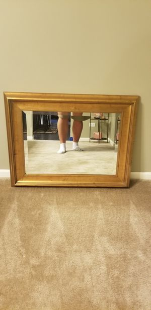 Decorative Wall Mirror for Sale in Sugar Grove, IL