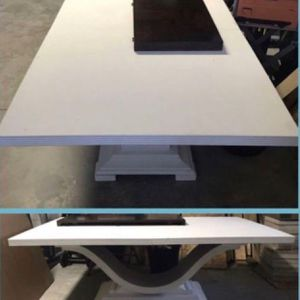 FREE DINING TABLE for Sale in Clermont, FL
