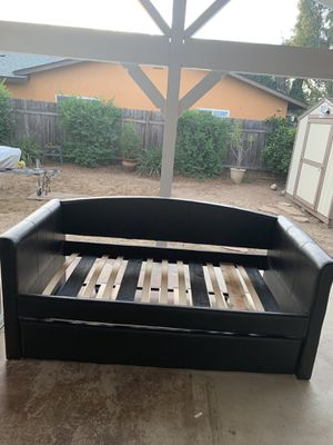 Twin day bed for Sale in San Diego, CA