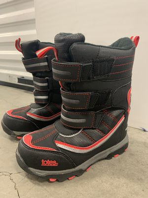 Kids snow boots size 13 - Totes brand for Sale in Ontario, CA
