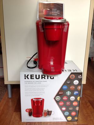 NEW KEURIG K-COMPACT SINGLE-SERVE K-CUP POD COFFEE MAKER - IMPERIAL RED for Sale in Kent, WA