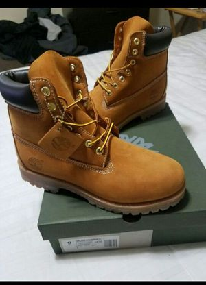 Size 9 New premium wheat timberland boots for Sale in Alexandria, VA