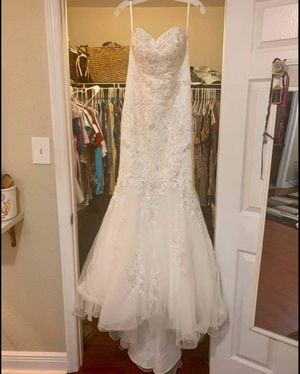 David Bridal Size 8 Wedding Dress - Never Used for Sale in Tampa, FL