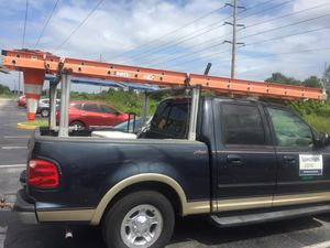 2 ladder/cable meter /ladder rack for Sale in Orlando, FL