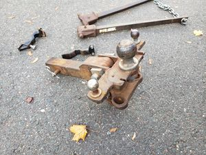 2 5/16 hitch with anti- sway bars for Sale in Manchester, CT