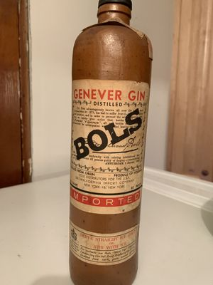 Antique empty Genever Gin bottle. Clay bottle. for Sale in Western Springs, IL