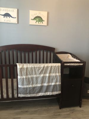 Crib with changing table and mattress for Sale in Midland, TX